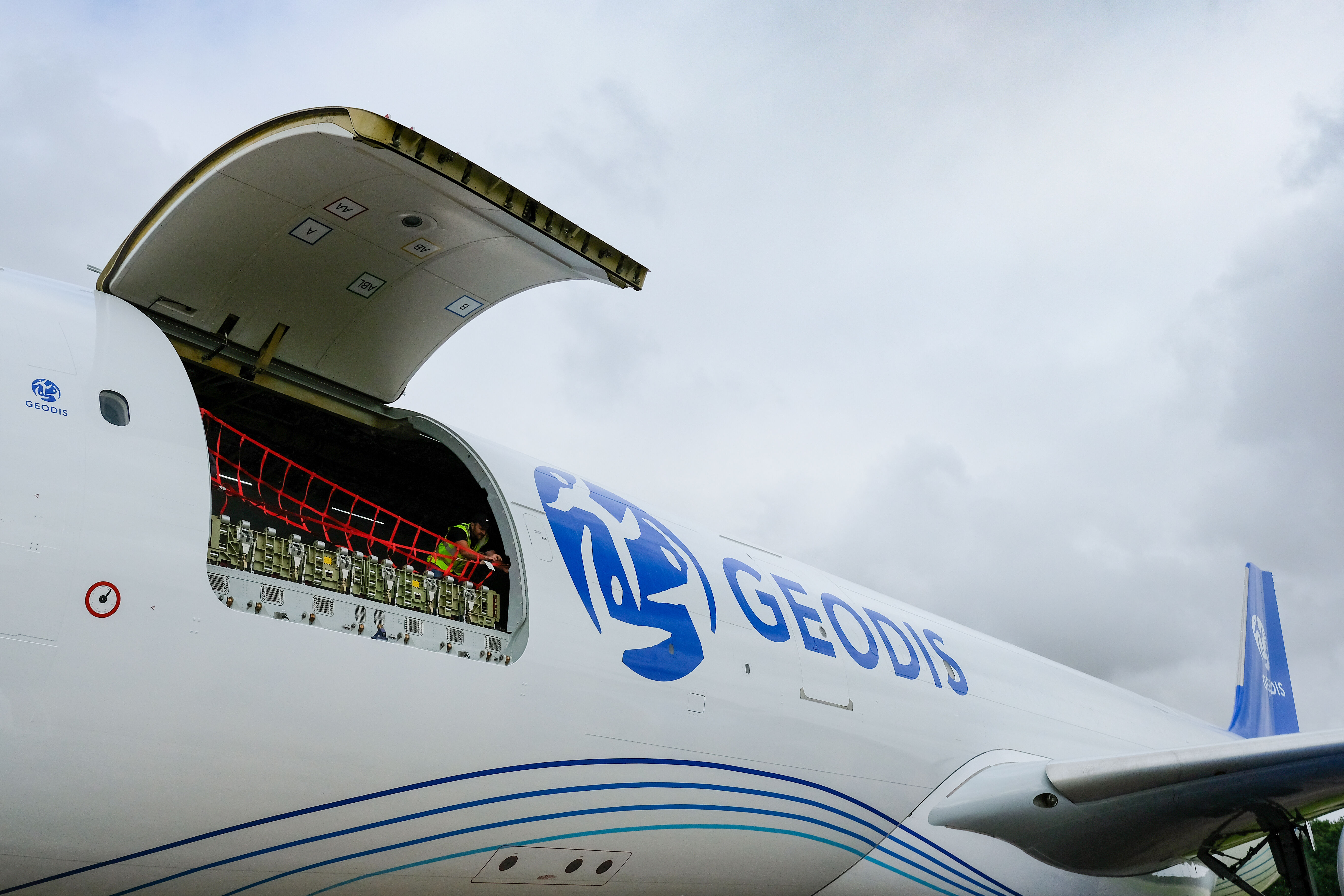 GEODIS expands AirDirect service between Europe and Asia with new route