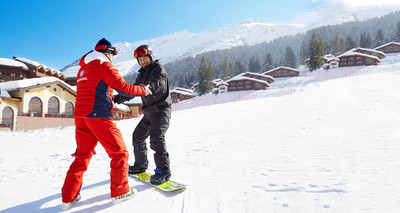 Chinese Celebrity Wu Xiubo and family Enjoyed Winter Holidays at Club Med Valmorel