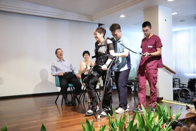 Ekso Bionics®' EksoGT Exoskeleton Adopted in Singapore for Groundbreaking Clinical Study 1
