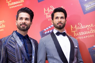 Shahid Kapoor joins the Ultimate Film Star Experience & unveils his unique wax figure with Madame Tussauds Singapore 2