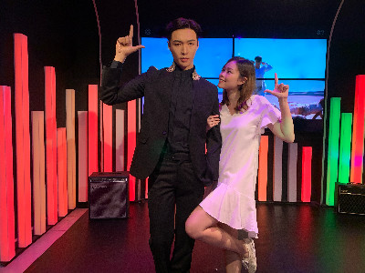 Lay Zhang has joined the red carpet at Madame Tussauds Singapore - Brand Spur