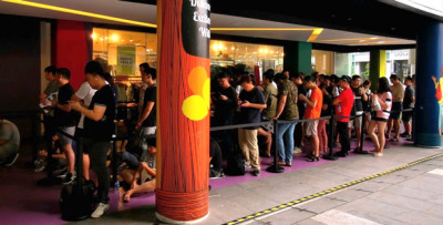 More Than 150 Customers in Line for the Launch of HUAWEI FreeBuds 3