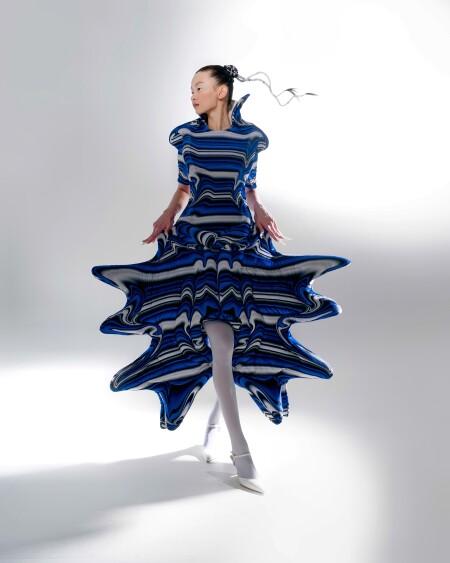 PolyU fashion design graduates shines at Fashion Show 2021 in Campus – Creative responses to the