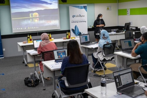 NTUC LHUB, UOB's Innovation Accelerator The Finlab, Ngee Ann Polytechnic and NTUC U SME Announce Partnership To Digitalise 500 Companies by 2021 Through 'Reboot' Programme