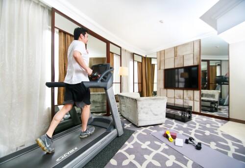 man running on treadmill at Dorsett Hotel