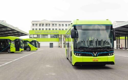 Winbus chính thức ra mắt xe buýt điện thông minh đầu tiên tại Việt Nam