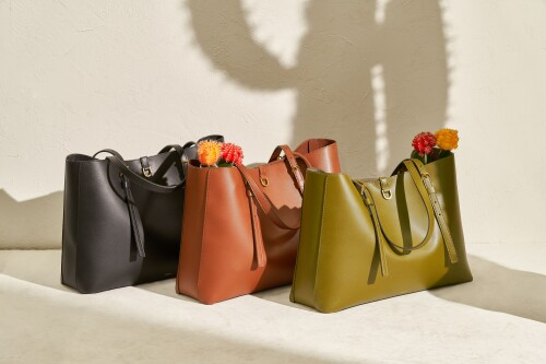 Fossil Launches Pro-Planet Cactus Leather Tote Bags and Limited-Edition Solar Watch in Singapore in Celebration of Earth Month