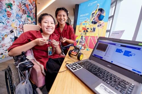 Chương trình Microsoft APAC Enabler Program giúp 110 người khuyết tật tại 6 quốc gia thích ứng với vị trí công việc trong vòng 7 tháng kể từ khi ra mắt