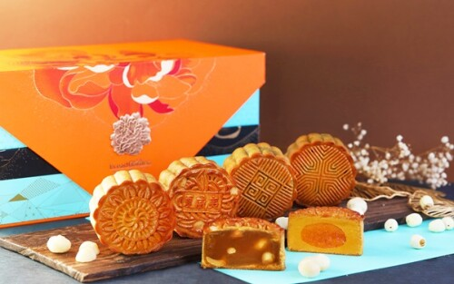 Bread Garden Goes Oriental Elegance With Mooncake Collection for Mid-Autumn 2021
