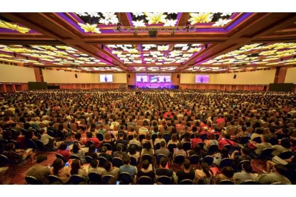 Hơn 32.000 người đã tham gia 2 hội thảo về phong thủy và chiêm tinh của chuyên gia siêu hình Joey Yap