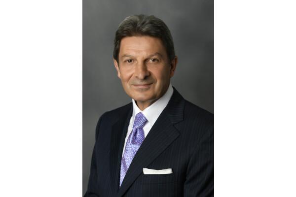 Ông Mark DeCocinis chính thức được bổ nhiệm giữ chức CEO của Urban Resort Concepts