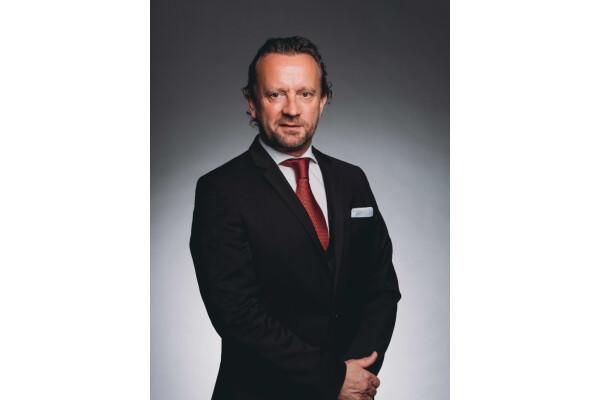 Charles Monat Associates thành lập Hội đồng Cố vấn toàn cầu mới và bổ nhiệm nhiều CEO ở các khu vực