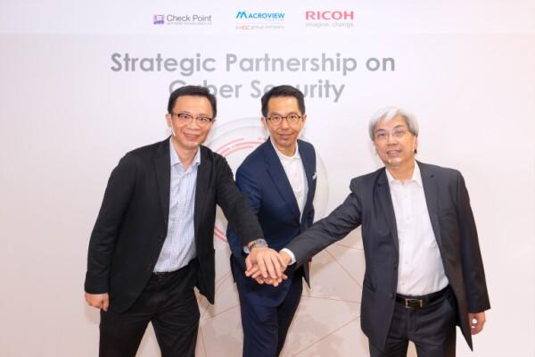RICOH thiết lập quan hệ đối tác chiến lược với Macroview Telecom (thuộc Tập đoàn HGC) và Check Point