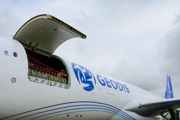 GEODIS mở rộng dịch vụ AirDirect giữa châu Âu và châu Á với đường bay mới London/Amsterdam/Hồng Kông